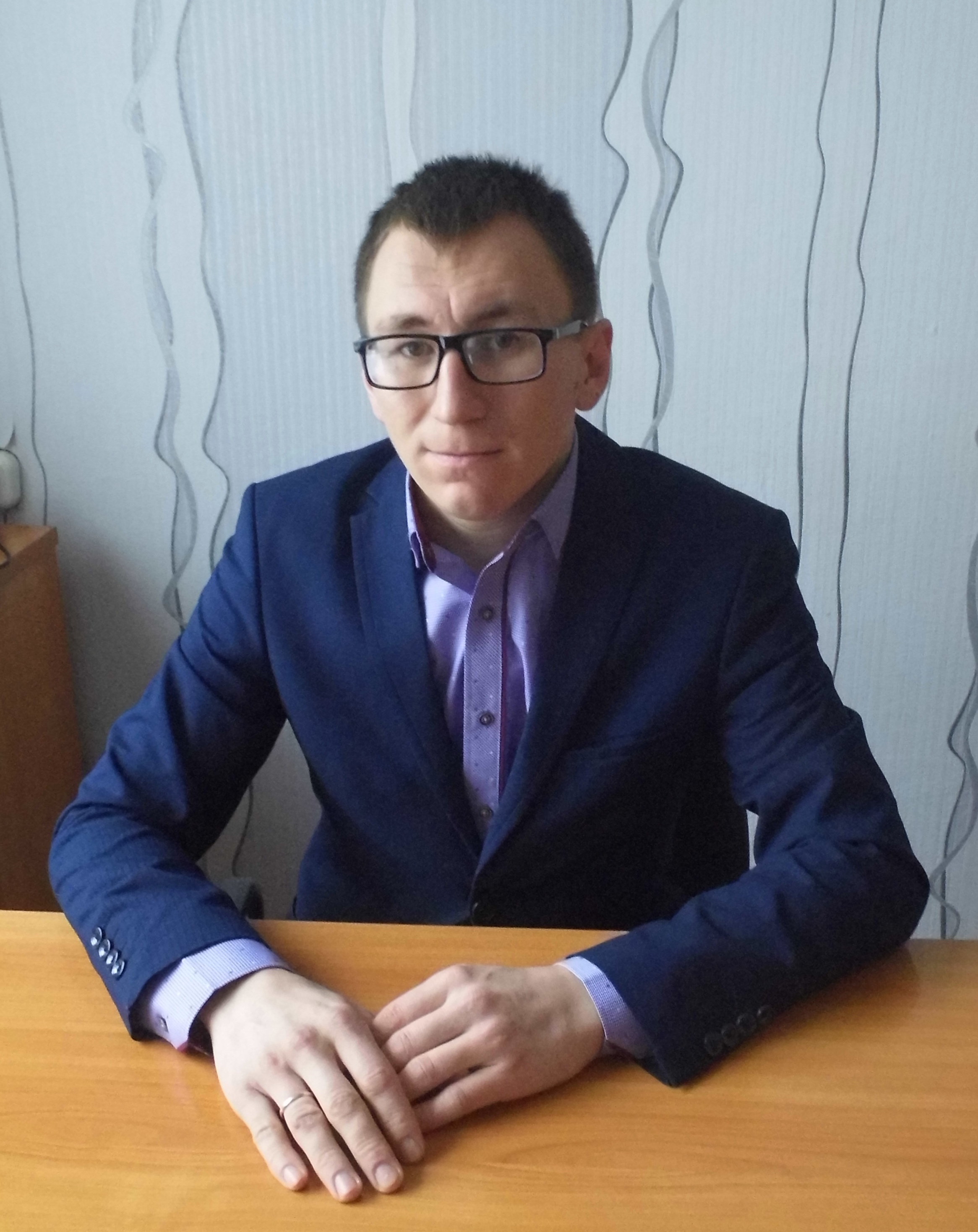 Начальник МКУ Управление образования МР Ермекеевский район РБ Никитин Олег Михайлович